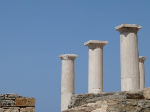 colonnes-delos-grece